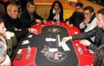 Poker 200 joueurs a kerjezequel